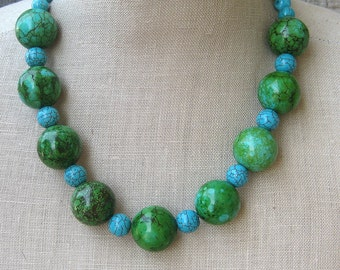 Green Blue Turquoise Chunky Beaded Necklace , Azulverde Beads