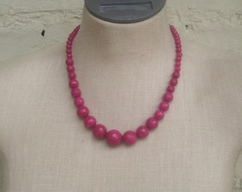 Fuschia Hot  Pink Faceted Graduated Beaded Necklace
