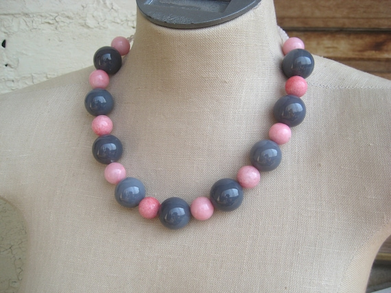 """Pink Grey Chunky beaded necklace rose gray """"opposites attract"""""""