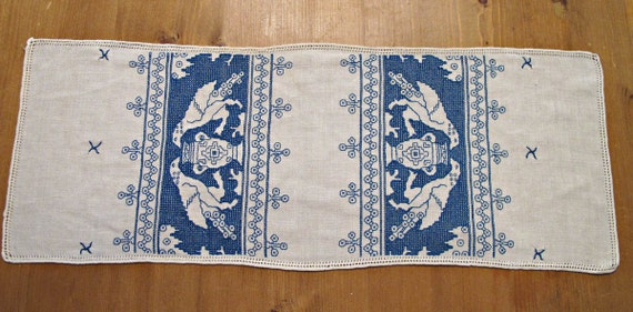 Vintage Linen Table Scarf, Natural LInen Table Scarf, Embroidered in Blue with Eagles, Household Linens