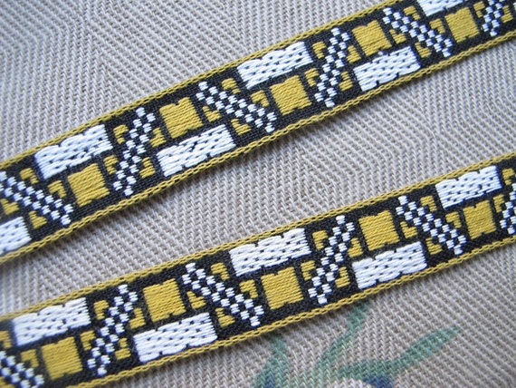 Black Gold and White Cotton Trim Remnant .625 Inch Wide Mod Design