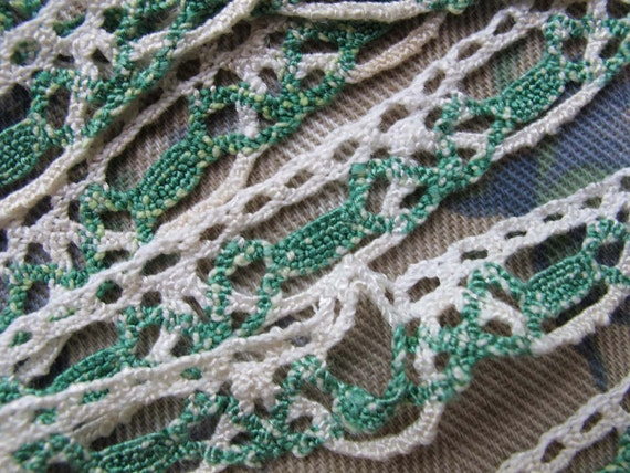 """Green White Cotton Lace Trim, 3/4"""" Wide Handmade Lace, Salvaged Rescued Remnant"""