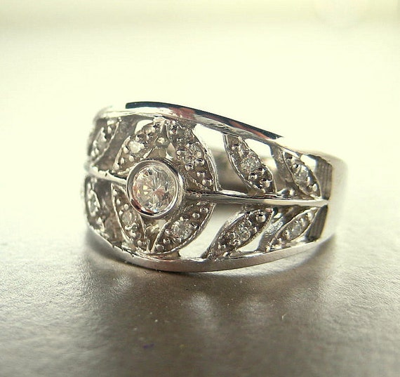 Engagement ring. 14k white Gold engagement ring.  Leaf engagement ring. Anniversary ring.