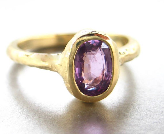 Pink Sapphire engagement ring.  Hammered 18k gold ring.