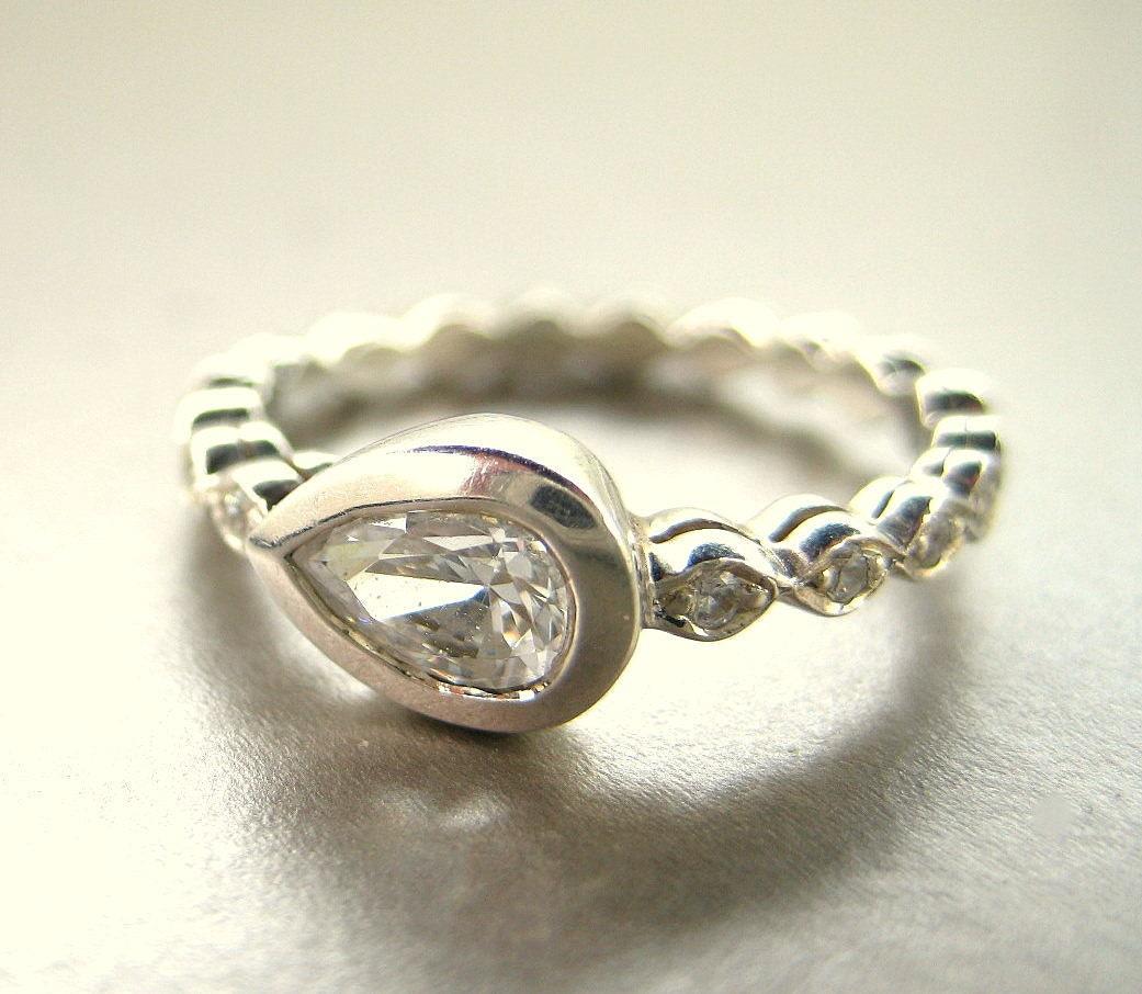 pear shape engagement ring pear shape white sapphire. Black Bedroom Furniture Sets. Home Design Ideas