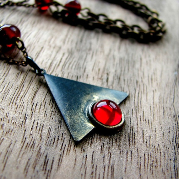 Brass necklace geometric triangle siam red glass bead - Edgy
