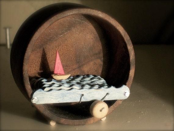 hand crank wooden boat automata (mini round)