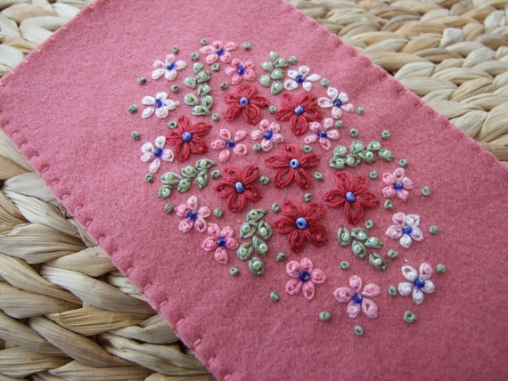 Pretty Pink Felt Hand Embroidered Glasses Case With Daisies and Blossom