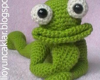 Crocheted Frog