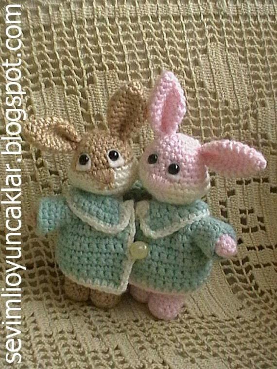Amigurumi Valentine Pattern : Amigurumi Valentine Bunnies Pattern