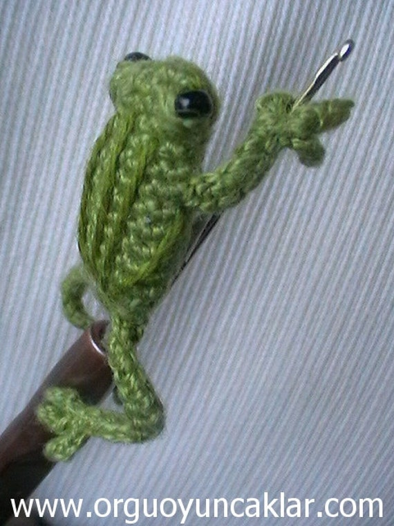 amigurumi 0 8 inc miniature crochet hook frog. Black Bedroom Furniture Sets. Home Design Ideas