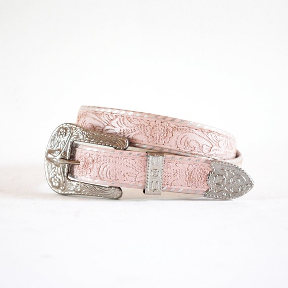 Pale Pink Painted Floral Tooled Leather Western Cowgirl Belt W Silver Bull Buckle. Small.