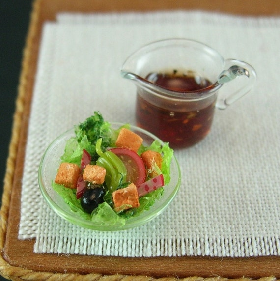 Italian Side Salad with Balsamic Vinaigrette