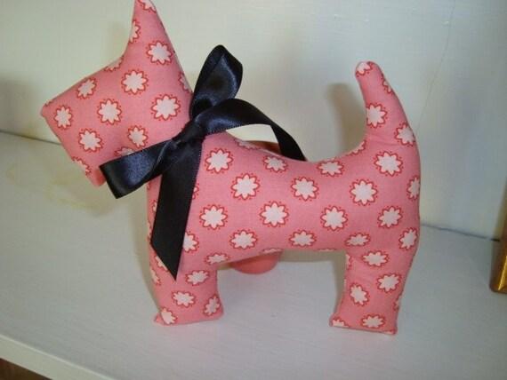 Scottie dog- pink flowers