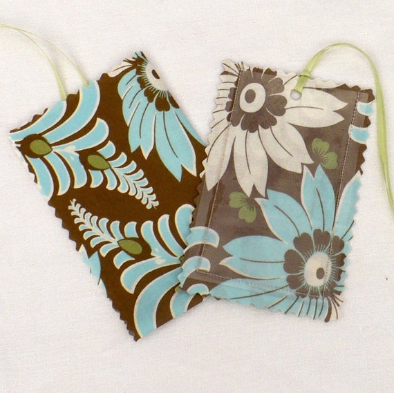 Luggage Tag,  Retro floral, Amy Butler, Aqua, Mocha, laminated fabric, gift tags