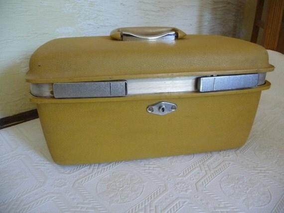 Suitcase Royal Traveler Vintage Luggage Vintage Suitcase Carry on Luggage Travel Case Montbello Mirror Storage Harvest Gold Color Luggage