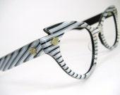 Vintage wild striped cat eye sunglasses Lumar frame1960s