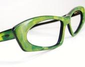 Vintage Green 1960s Cat eye Eyeglasses Sunglasses Eyewear Frame France NOS