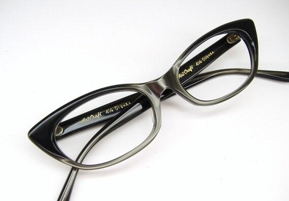 Vintage 50s Olive Cat Eye Frame Art Craft Never Worn