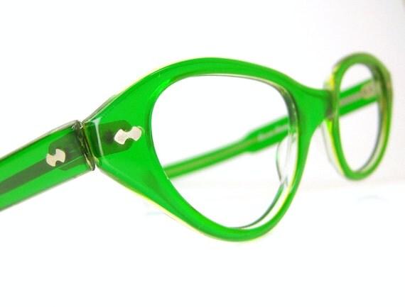 vintage green 1950s cat eye eyeglasses sunglasses eyewear frame france nos
