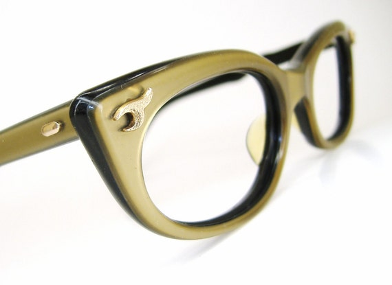 Vintage 60s Saphira gold cat eye eyeglasses frame