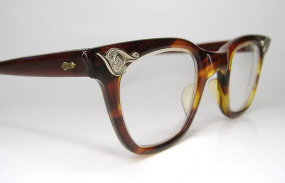 Vintage Tortoise 60s Horn Rim Cat Eye American Optical Eyeglasses