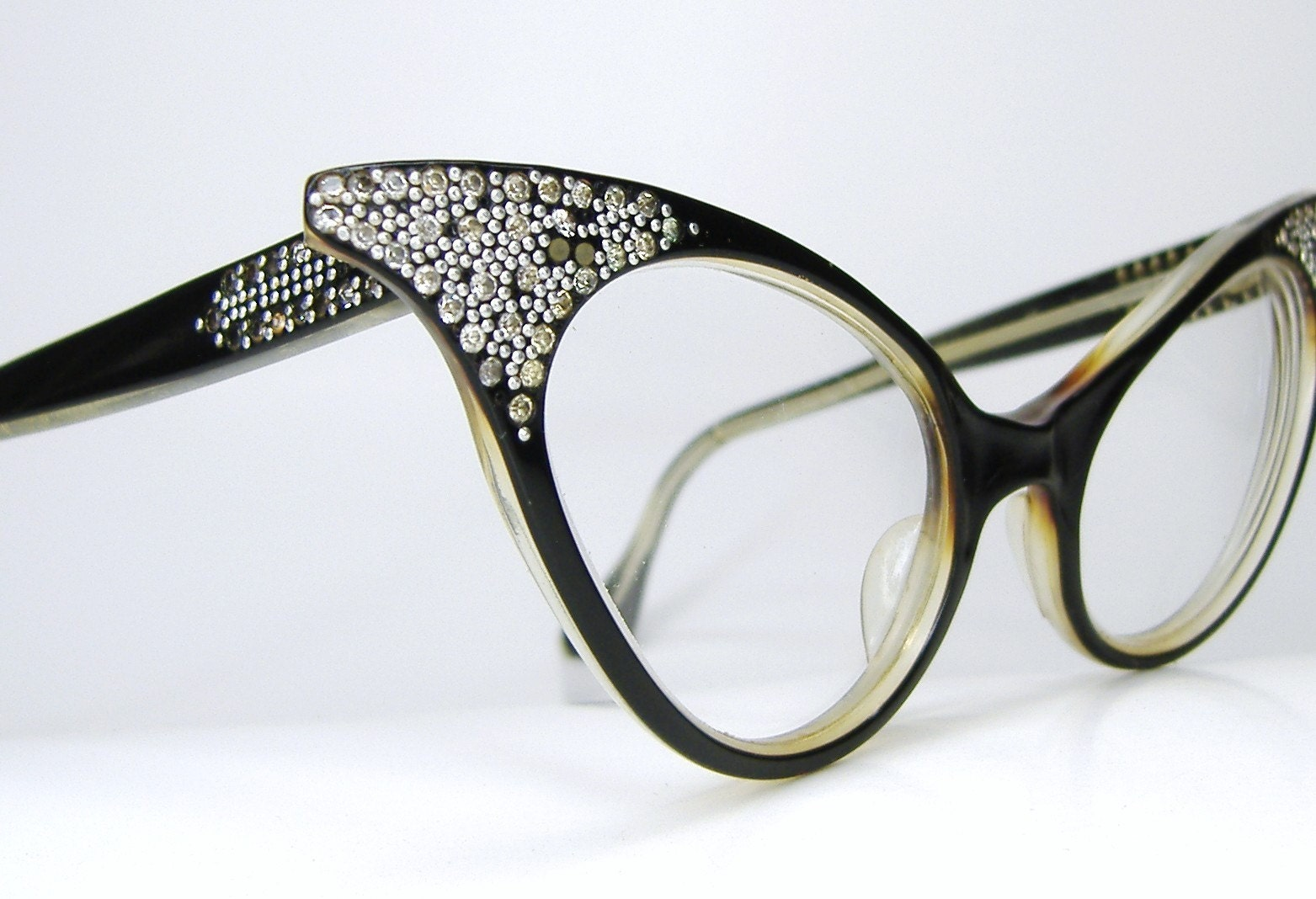 Glasses Frame Discoloration : Vintage Glam 1950s Extreme France Cat Eye Eyeglasses
