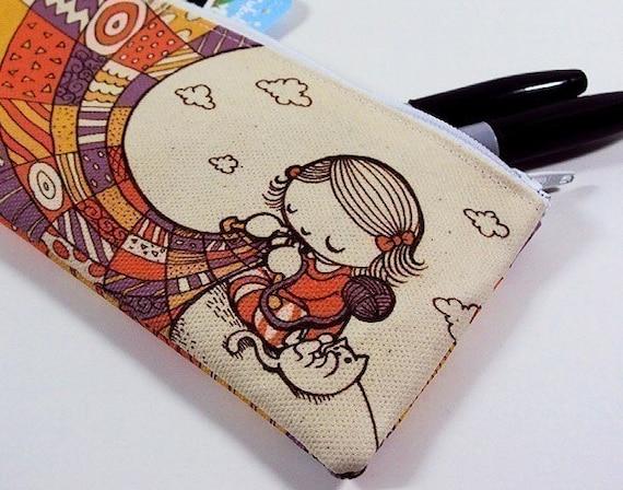 Small Knitting Girl Zipper Pouch