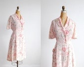 vintage 1940s dress. rayon floral. 40s dress. large