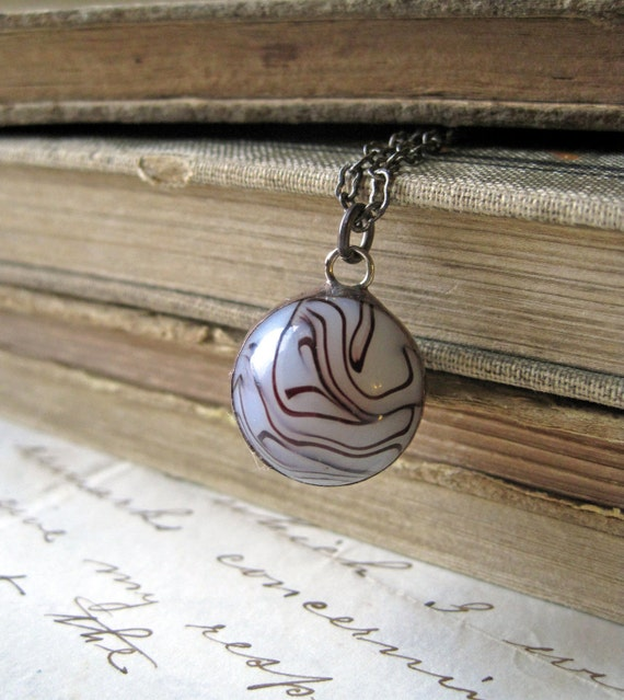 Wired Vintage Marble Necklace