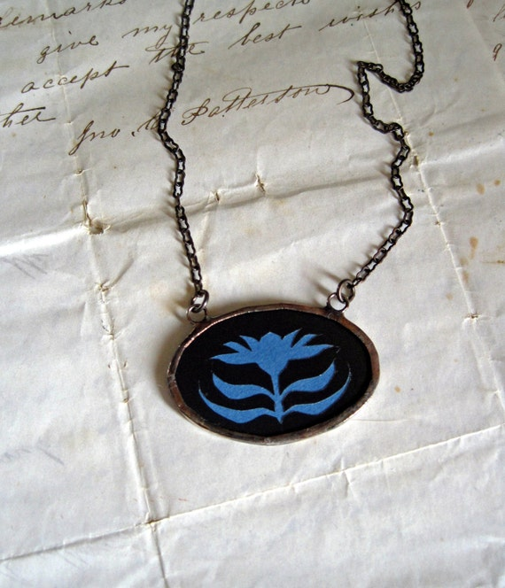 Folk Art Bloom Silhouette Necklace
