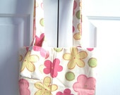 Flower Purse and Cell Phone Holder WAS 10.00 NOW 5.00