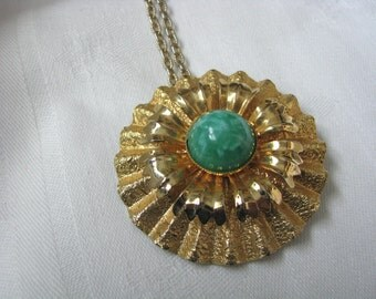 Round fluted gold tone pin/pendant/necklace combination with green marble center
