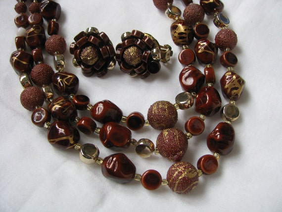 Alluring Multi Strand Shades of Brown Necklace & Clip On Earring Set Marked Japan