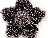 Antiqued Silver Tone Vintage Flower Pin by Hollycraft
