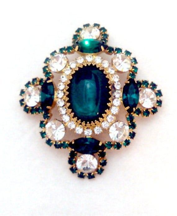 Bill Smith Of Richelieu Emerald Green Rhinestone Pendant Pin
