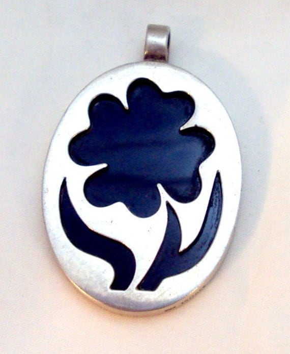 Sterling Silver Cutout Pendant with Black Onyx ISRAEL