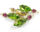 2 - Vintage Glass Round and Navette Stones in 1 Ring 2 Stones Brass Prong Settings -  Fuchsia & Olivin - 23x7mm