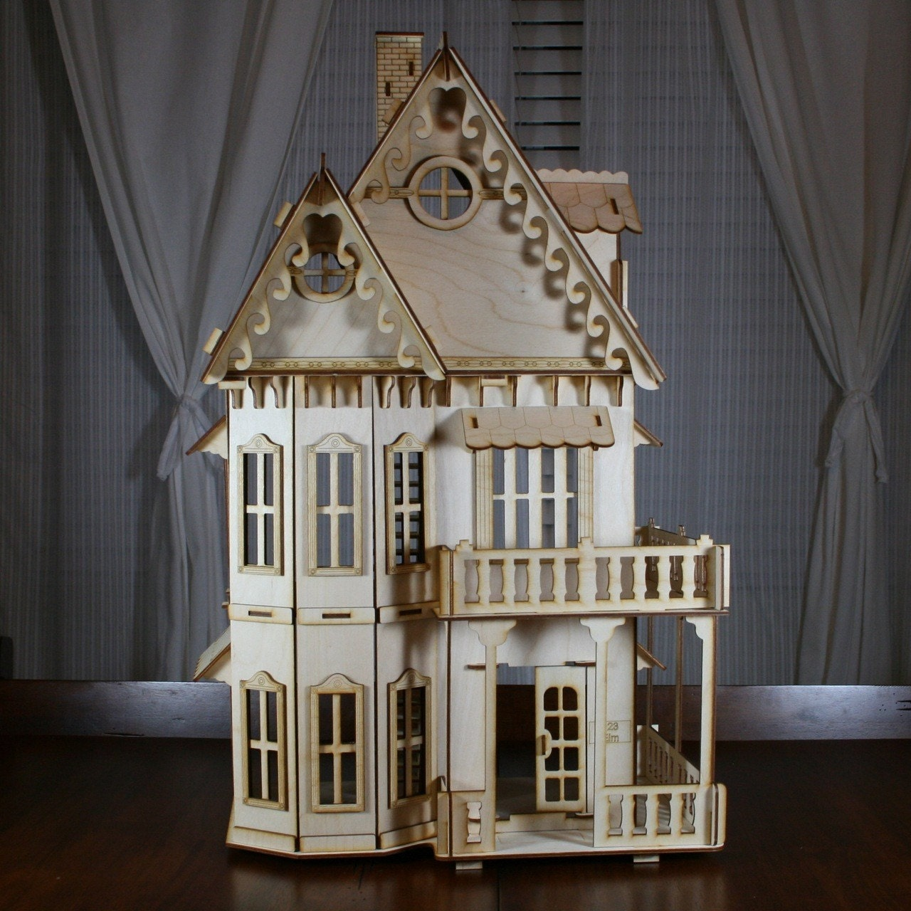 Victorian Gingerbread Dollhouse Baltic Birch Plywood Kit #5F4A35 1280 1280