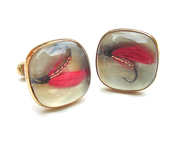 Vintage Guy Gift Cuff Links Red Fly Fishing Lure Gold Tone Cuff Links ((Free Shipping USA))