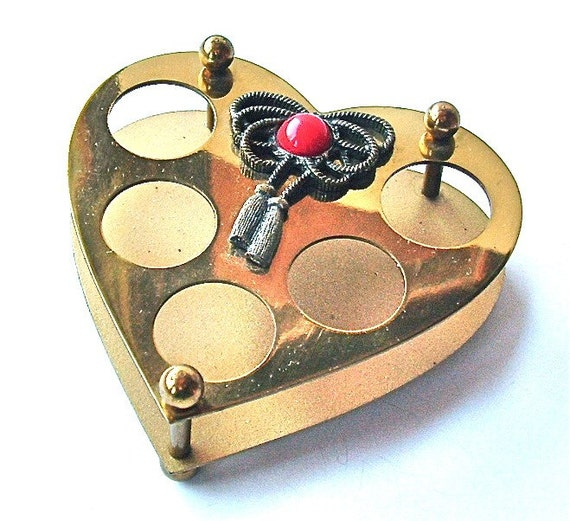 Vintage Lipstick Holder Heart Fashion Container Boudoir Organizer ((Free Shipping USA))