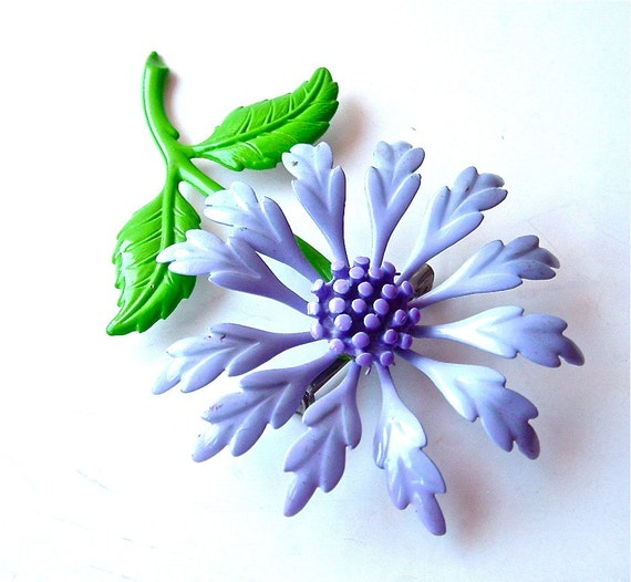 Lovely Lavender Vintage Floral Brooch Purple Lavender and Spring Green Flower Blooms ((Free Shipping USA))