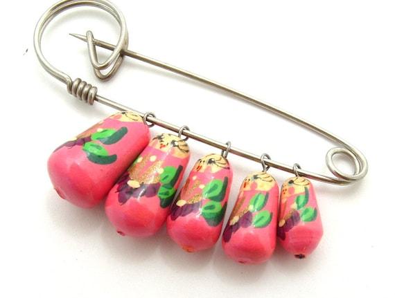 Vintage Jewelry Brooch Pink Hand Painted Russian Babushka Dolls Dangle Pin, FREE Domestic Shipping