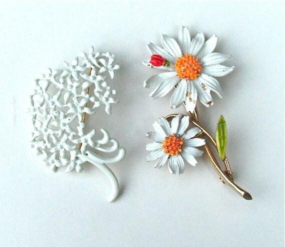 Wedding White, Monet, Designer Vintage Jewelry Lot, Flower Brooch x2,  Free US Shipping