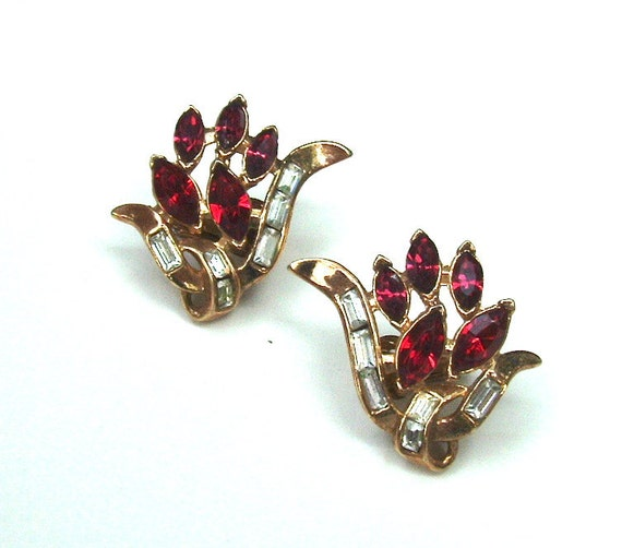 TRIFARI Designer Vintage Rhinestone Earrings Ruby Red Flower Flames, Free US Shipping
