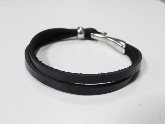Double Strand Black Leather Bracelet Leather Cuff Bracelet with metal hook Clasps