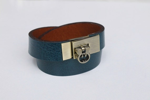 Wrap Leather Bracelet Color Blue Sapphire Leather Cuff with Antique Brass Tone Metal Clasp
