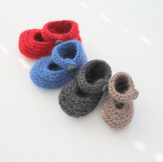 KNITTING PATTERN - Little Paws Baby Booties In Four Sizes Out Of Bulky Weight Yarn Photo Tutorial