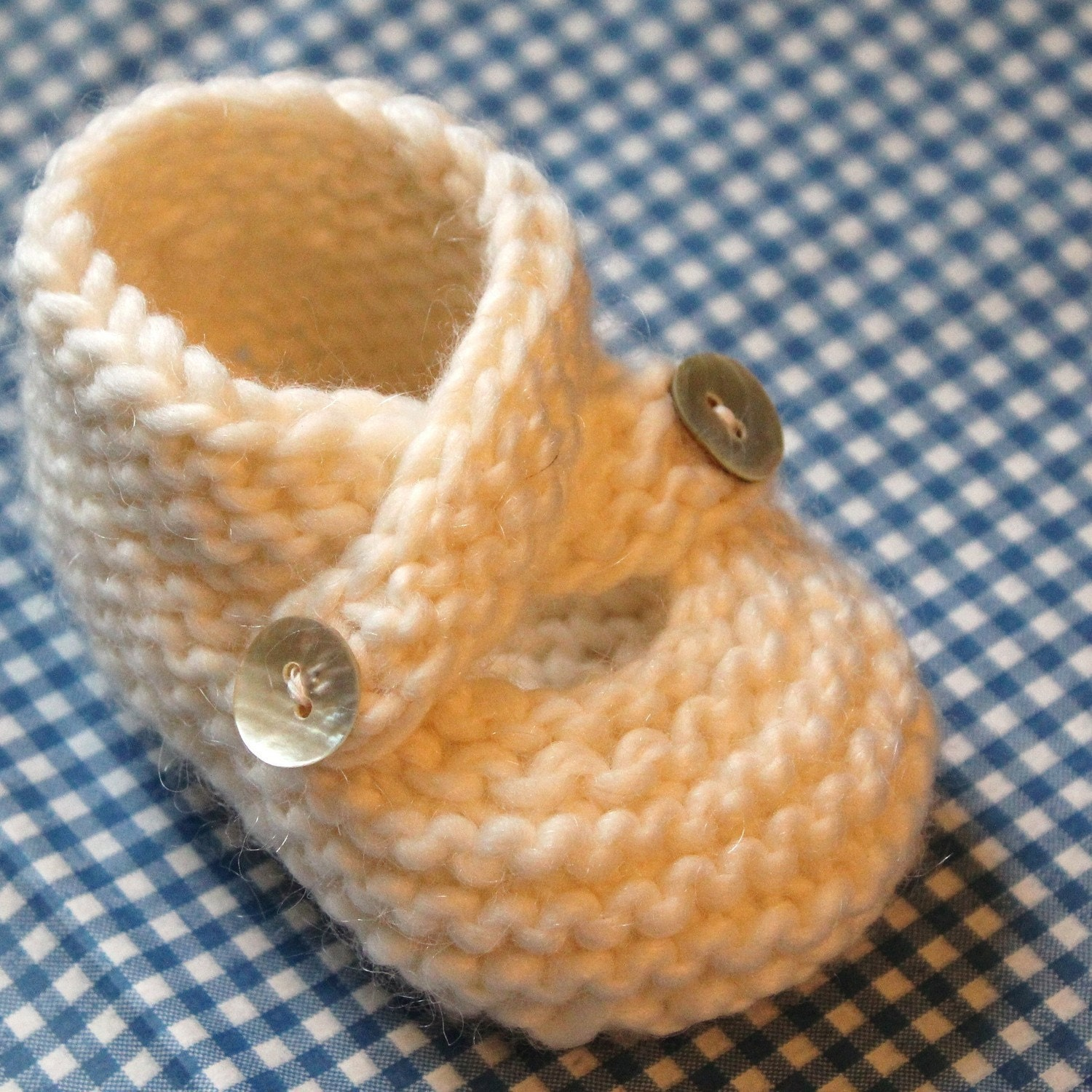 Knitting Baby Booties Patterns : Pattern baby booties knitting knit stitch only three