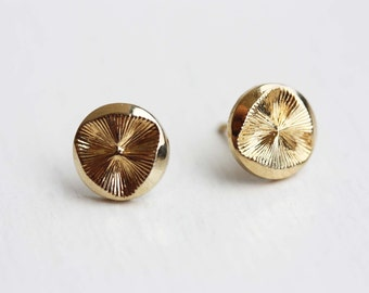 Vintage Disc Studs - Gold or Silver